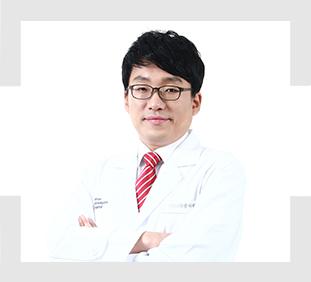 척추센터 박재현원장
